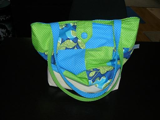 Patchworkowa torba i malowany t-shirt